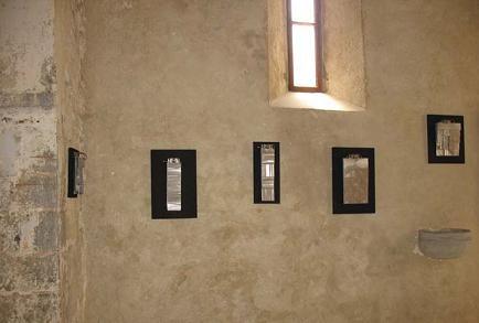 Đanino Božić, Modularne ravnoteže, Galerija sv. Trojice, Kastav, 2009., postav izložbe