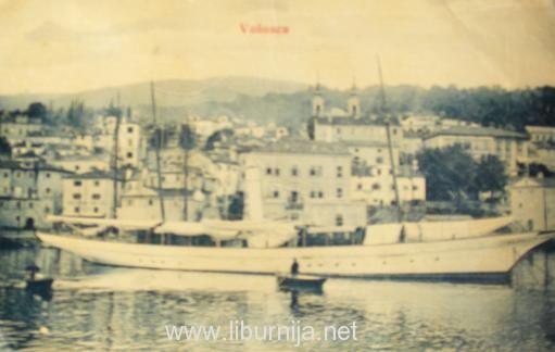 Liburnija.net: Jedrenjak 'Dražica' usidren u Vološćanskom portu...