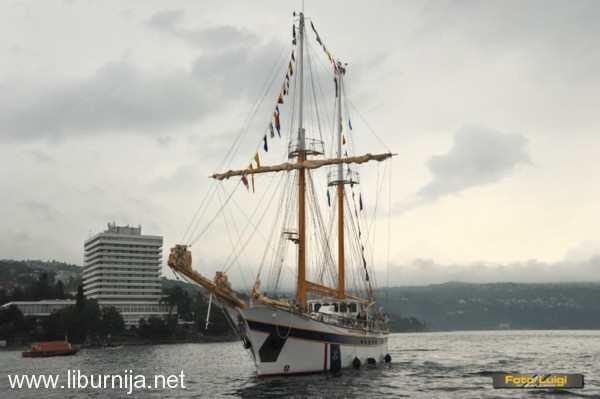 skolski_brod