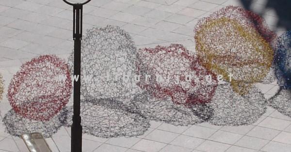 Liburnija.net: Siniša Majkus, Kugle u levitaciji, ambijentalna instalacija