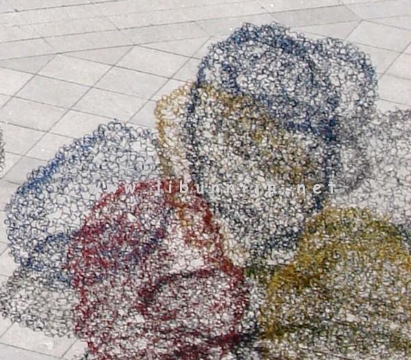 Liburnija.net: Siniša Majkus, Kugle u levitaciji, ambijentalna instalacija, detalj