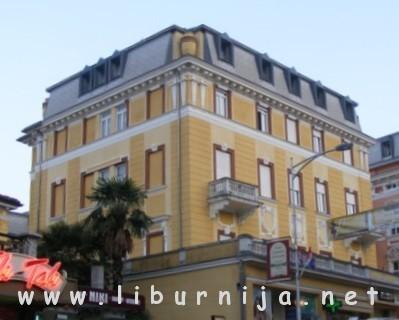 Liburnija.net: Nekadašnja vila Esterhazy - danas dio hotela '4 opatijska cvijeta'