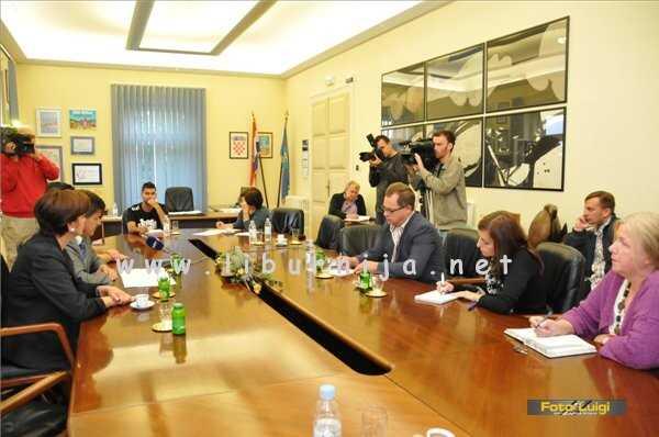 Liburnija.net: Tiskovna konferencija @ Grad Opatija