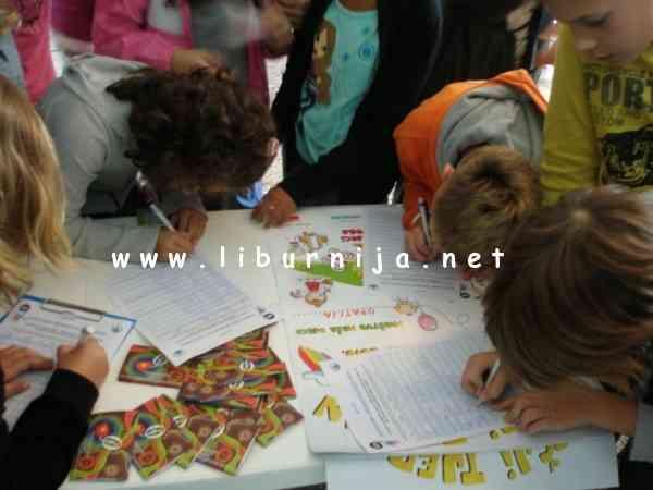 Liburnija.net: Dječji tjedan - potpisivanje peticije...