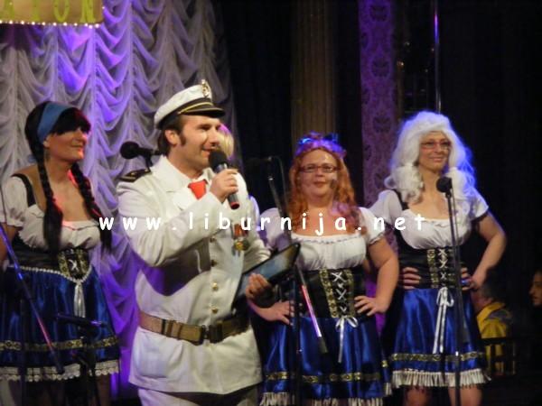 Liburnija.net: Članice ženske klape Volosko i Dražen Turina Šajeta @ 2. Maškarani klapski maraton