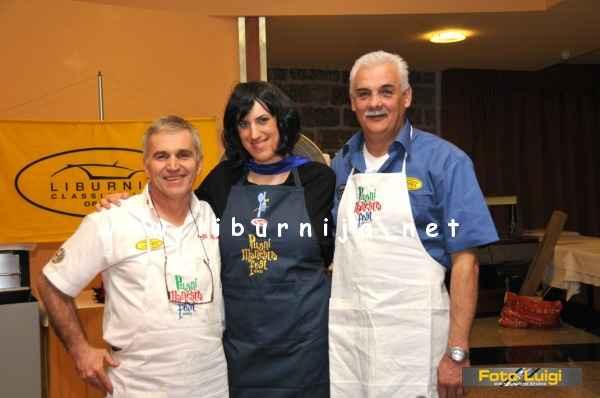 Liburnija.net: Irena Grdinić i ekipa Liburnia classics oldtimer kluba @ Pusni maneštra fest, Opatija