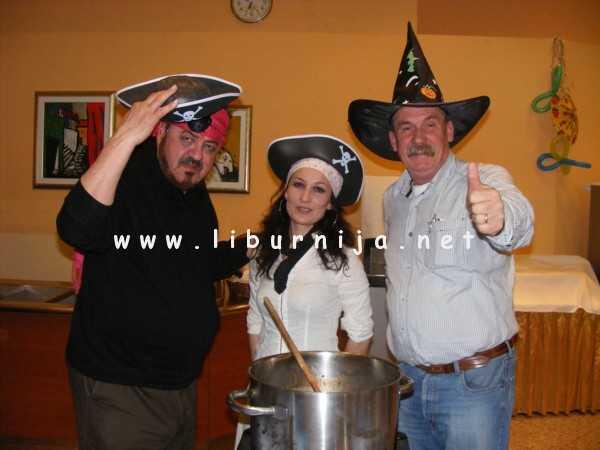 Liburnija.net: Obitelj Frank i Ivan Lesinger @ Pusni maneštra fest, Opatija