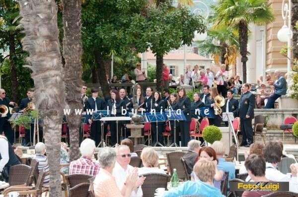 Arhiva Liburnija.net: Uskršnji koncert Puhačkog orkestra Lovran @ terasa hotela Imperial