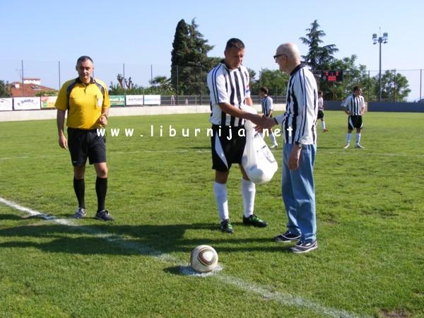 Liburnija.net: Stojan Osojnak prije izvođenja početnog udarca @ Opatija