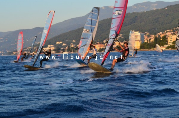 Liburnija.net: Windsurf regata - Volosko Open 2011.