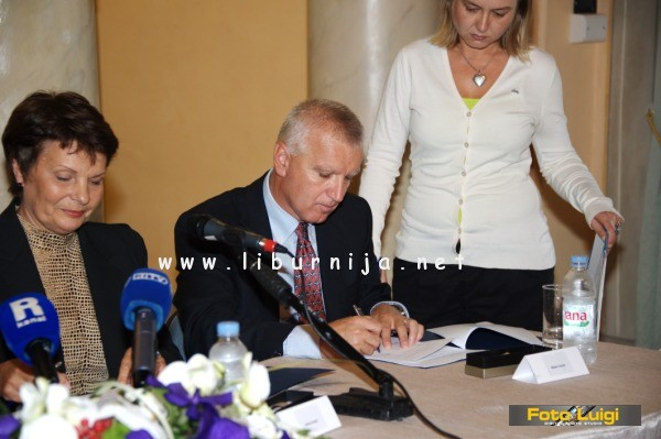Liburnija.net: Potpisivanje Ugovora @ Opatija