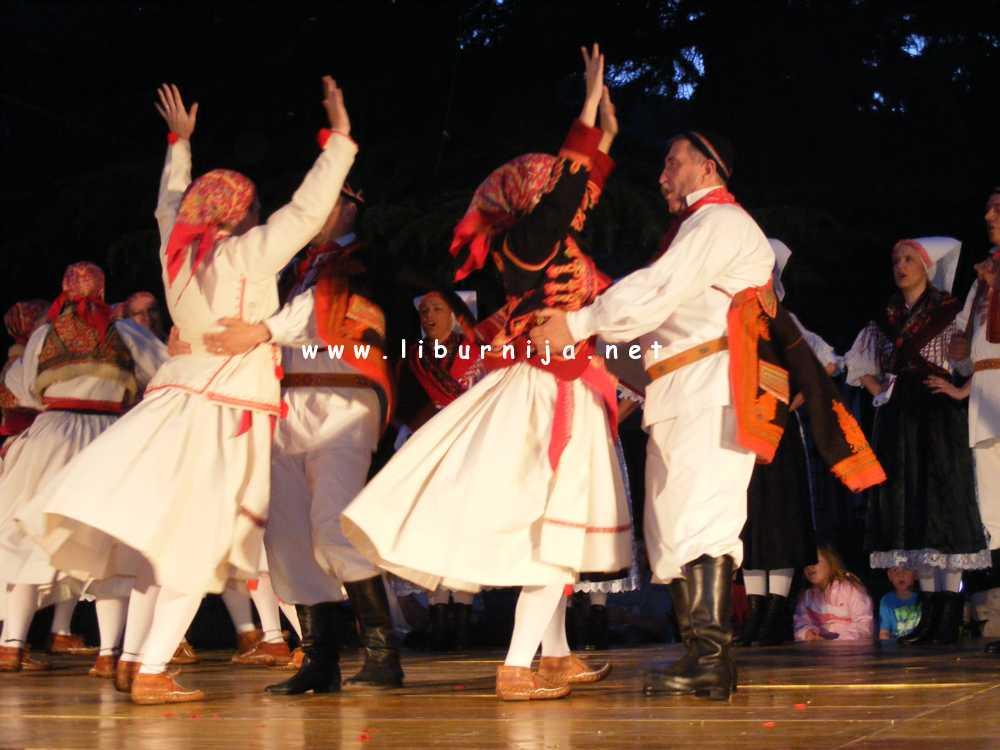 Liburnija.net: Folklorni ansambl 'Zora'