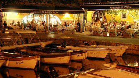 Restoran Plavi podrum i Draga di Lovrana u uvaženom društvu počasnih članova JRE Membre d ' Honneur