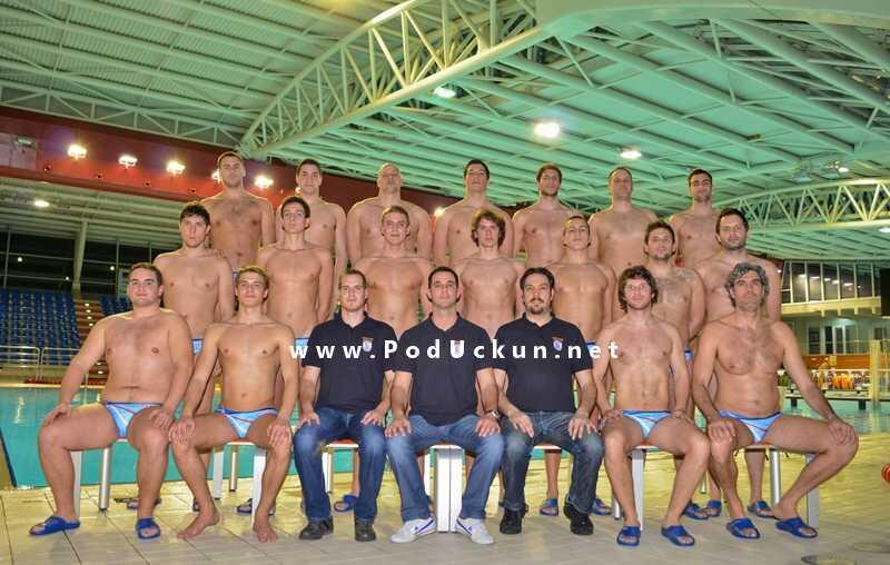 Seniori Vaterpolo kluba Opatija s trenerima... @ bazeni Kantrida