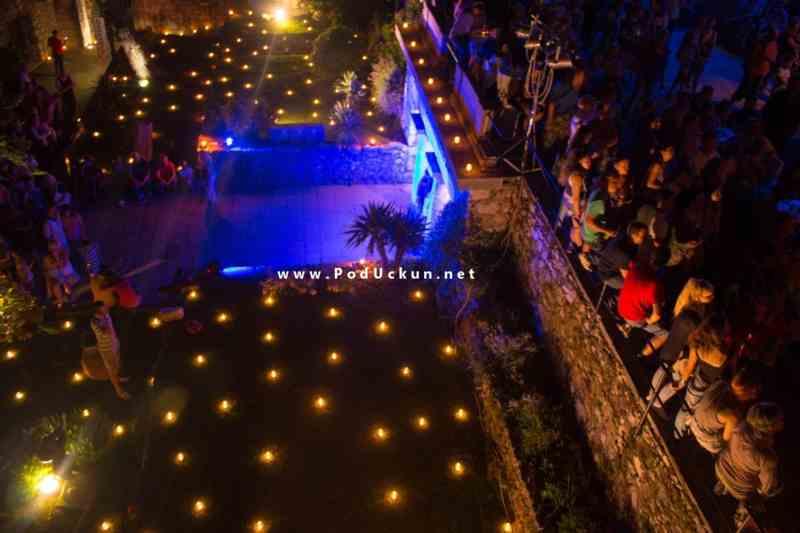 Ljeto na Gradini - 1000 svijeća na Gradini