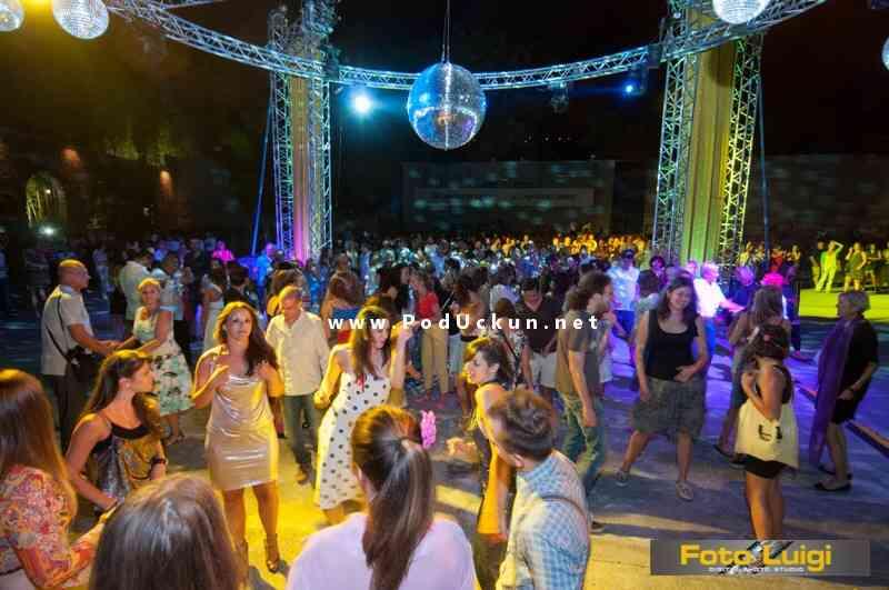 Arhiva: Disco groznica na Ljetnoj pozornici