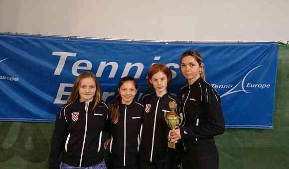 kornelija_huncak_tenis