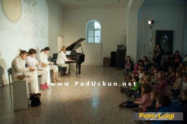 predstava_stolicu_prostri_se_2015_opatija_1