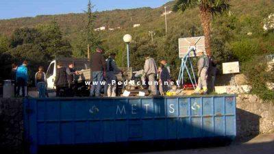 Druga akcija sakupljanja starog papira ovog petka ispred osnovne škole @ Opatija
