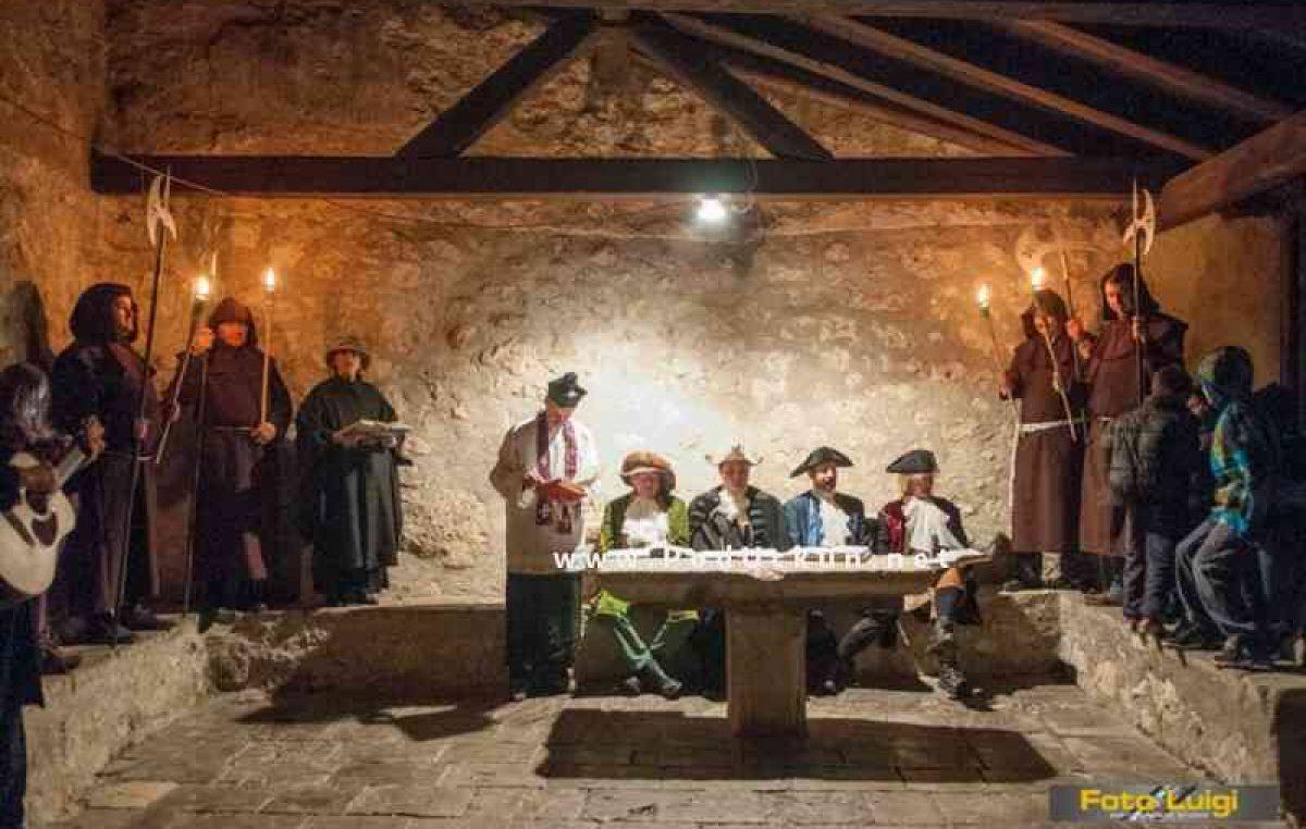 Mošćenice ove subote slave svoj povijesni dan – Kandalora donosi predavanje i štoriju va pet čini @ Mošćenička Draga