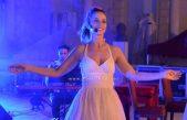 Scenski spektakl na terasi hotela Milenij – Cabaret Á la Carte by Karolina Šuša
