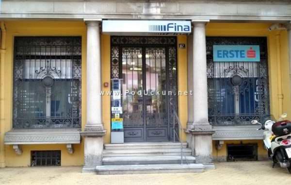 Privremena adresa Erste banke u Opatiji