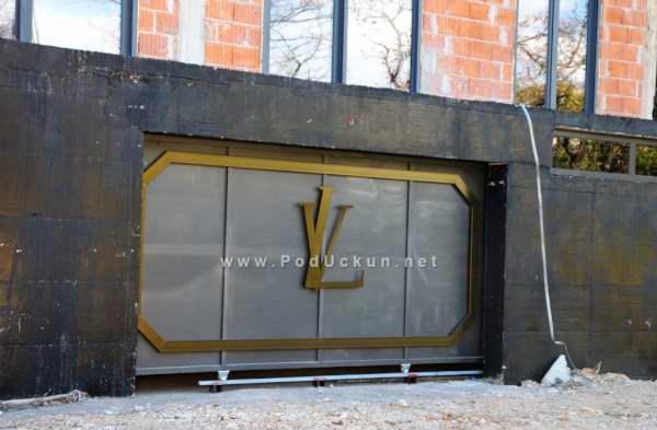 Louis Vuitton garaza opatija (3)