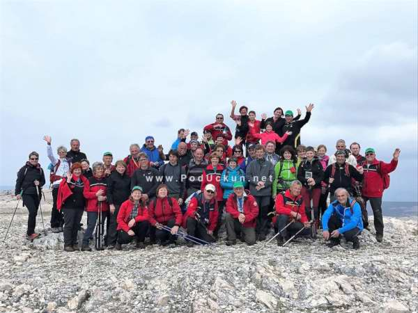 pd lisina goriska brda planinari krk baska 2017 pohod planinari (1)