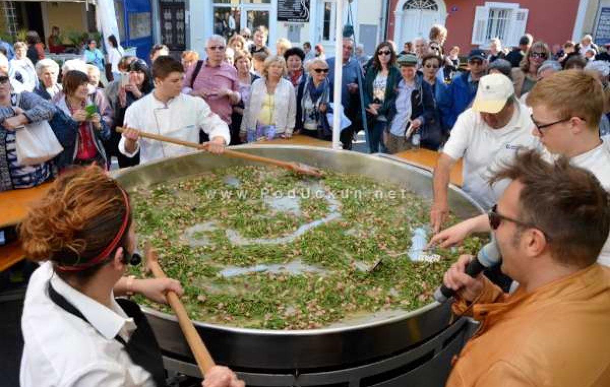 Pregršt događanja u Lovranu – Večeras start 100 milja Istre, sutra podjela rožica, vela fritaja i otvorenje izložbe