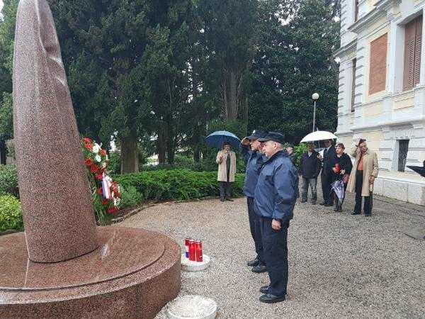 dan oslobodenja grada opatije 2017 delegacija groblje (3)