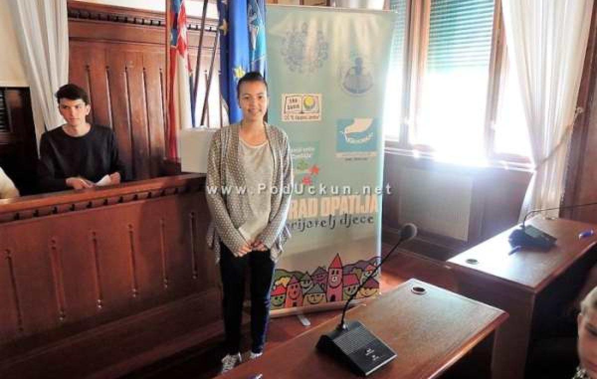 Petra Deranja članica DND-a Opatija predstavljat će djecu Europe u Bruxellesu