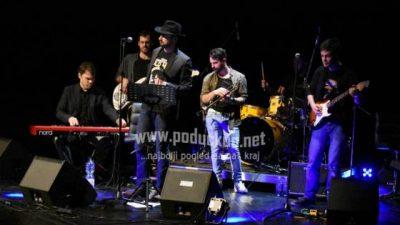 Glazbeno-poetsko-scenski performans Opatija on blues 2 uskoro u Gervaisu