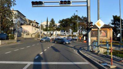 Motociklist se nakon izazivanja prometne nesrećeu dao u bijeg, zaručnik moli za pomoć