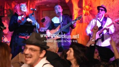 Saku subotu pusta tanac uz Lady Luna Band i Trio Nika Polesa va Pusnoj štale @ Permani