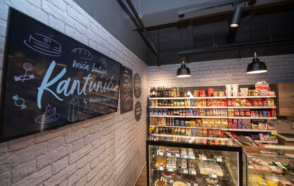 PROMO Mića butiga Kantunić – Akcijska ponuda čokoladne kocke i Raffaelo trokuta po 5,99 kuna  @  Matulji