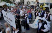 Mićom Marunadom i svečanim mimohodom otvorena velika fešta od maruna @ Lovran
