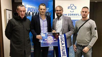 """Organizatori """"Povratka na Kantridu"""" uručili donaciju Domu zdravlja PGŽ-a"""