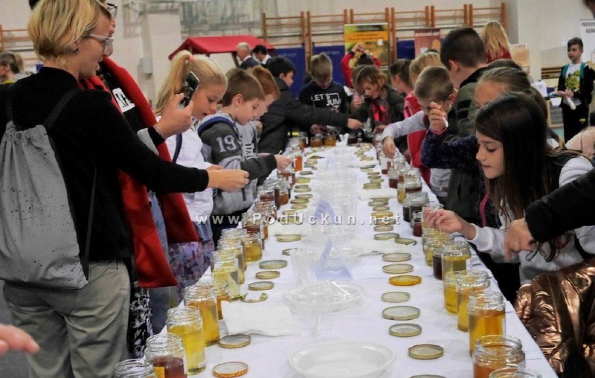 FOTO Otvorena manifestacija Medenjak z Opatije