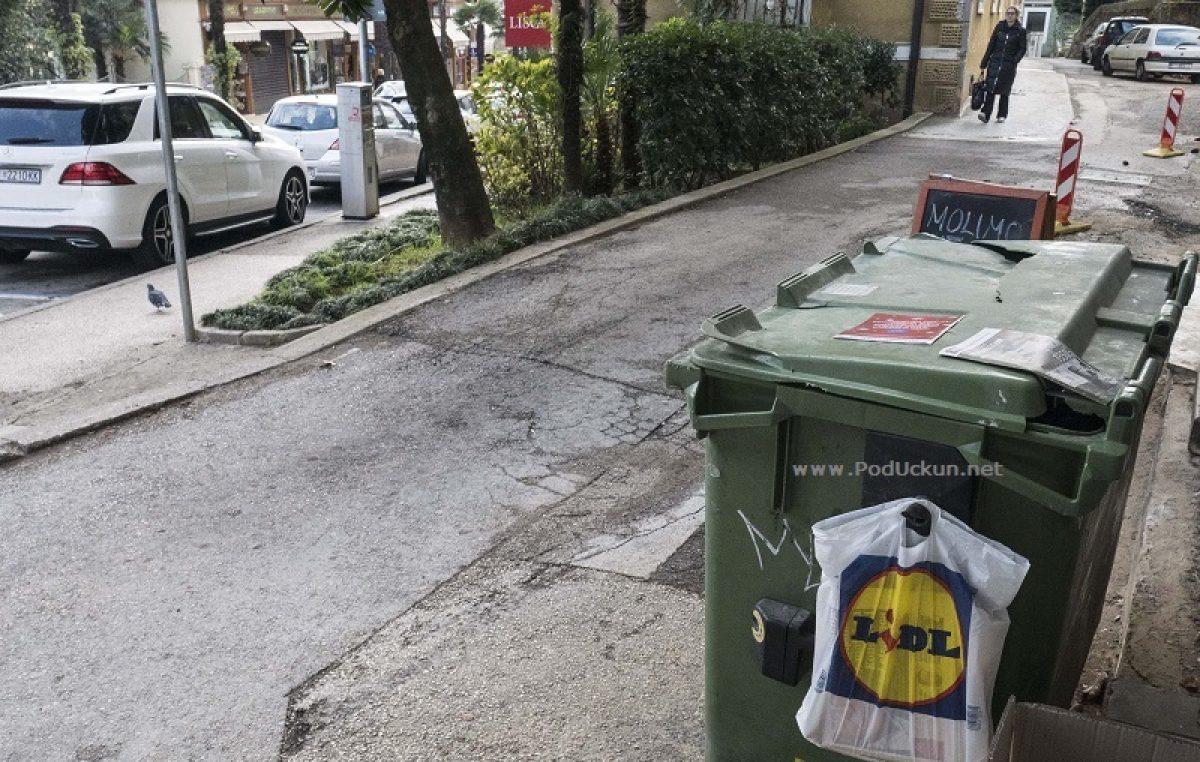 U roku od 10 dana s javnih površina u središtu Opatije bit će uklonjeni svi stari spremnici za komunalni otpad