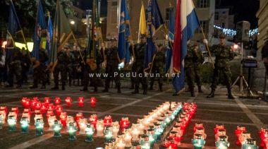 Paljenjem svijeća Opatijci odali počast žrtvama Vukovara i Škabrnje