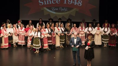 FOTO, VIDEO Folklorni ansambl Zora svečanim koncertom proslavio 70. rođendan