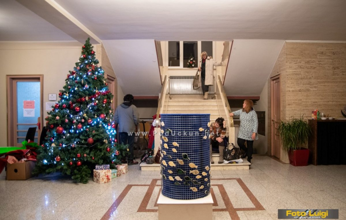 FOTO Općinski hol i Likovnu poneštricu krase dvije zanimljive izložbe @ Matulji