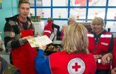 U OKU KAMERE Kristianu Brki uručena Jubilarna plaketa Hrvatskog Crvenog križa za izvanredan doprinos i nesebično pruženu pomoć u ostvarivanju humanitarnih ciljeva