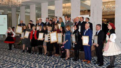 FOTO Kvarnerski dan turizma – Nagrađeni najbolji djelatnici i institucije u turizmu