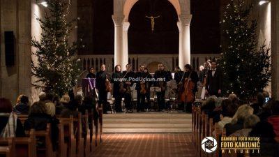FOTO Opatijski komorni orkestar Griegom i Respighijem obilježio opatijski advent