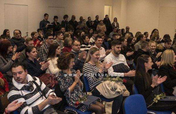 U OKU KAMERE: U Centru Gervais svečano potpisani ugovori sa stipendistima Grada Opatije