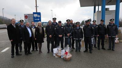 U OKU KAMERE Pogranična suradnja – Održan tradicionalni susret na granici između hrvatskih i slovenskih policajaca i lokalnih čelnika