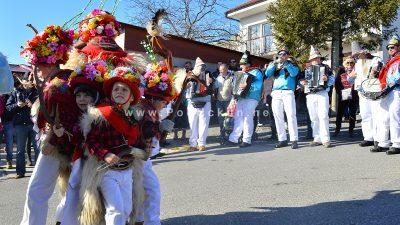 Održana 15. smotra – Mići zvončari osvojili Marčelji i publiku @ Viškovo