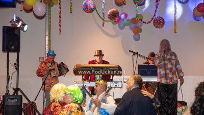 Dobra zabava pod maskama uz Duleta i Bonacu – Maškarani tanci zagrijali klub Gervais