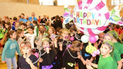FOTO/VIDEO: Rukomet pod maskama zaigralo više od 500 mališana u školskoj sportskoj dvorani @ Matulji